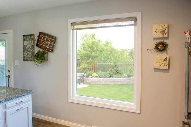 Picture windows for sale in Milwaukee